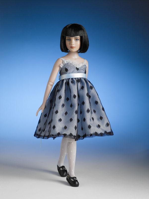 Фото куклы в платьях