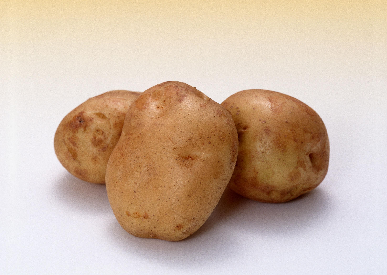 Картошка. Три клубня